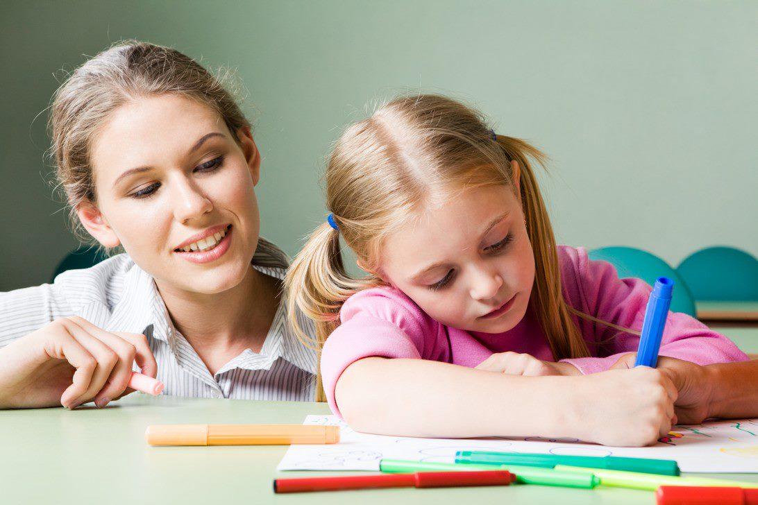 Cách điều trị bệnh tăng động được chuyên gia khuyên dùng là giáo dục hành vi
